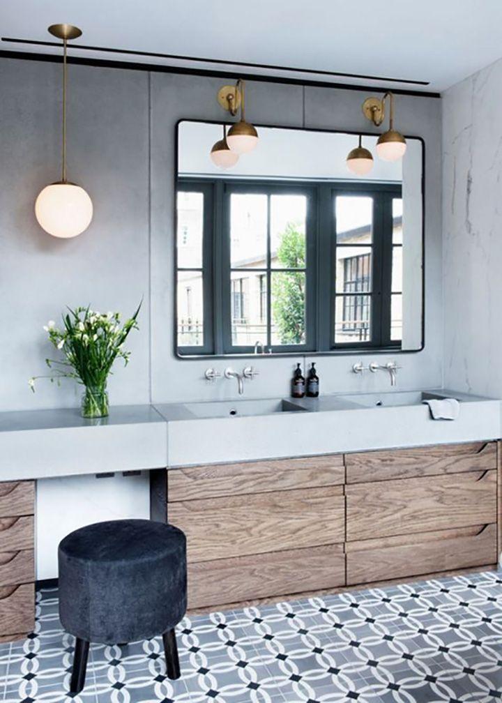 Idée décoration Salle de bain - Une salle de bain en carreaux de ...