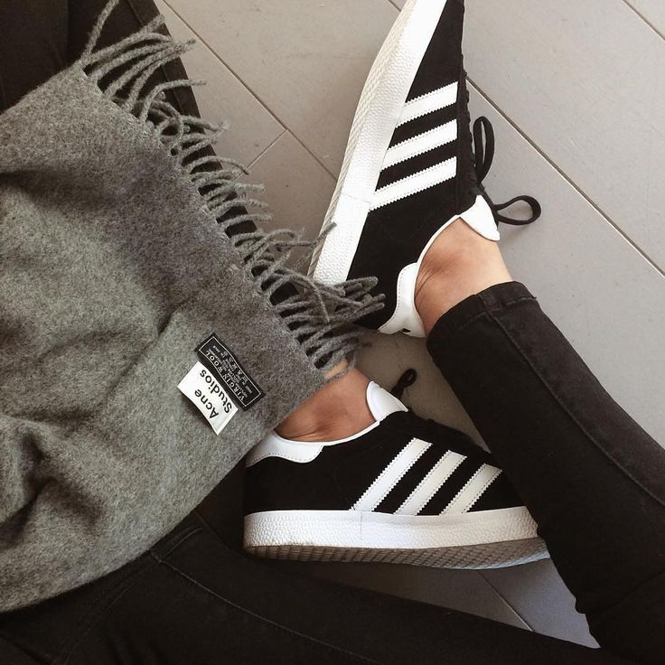 tendance basket 2017 sneakers femme adidas gazelle black beautycurls leblog. Black Bedroom Furniture Sets. Home Design Ideas