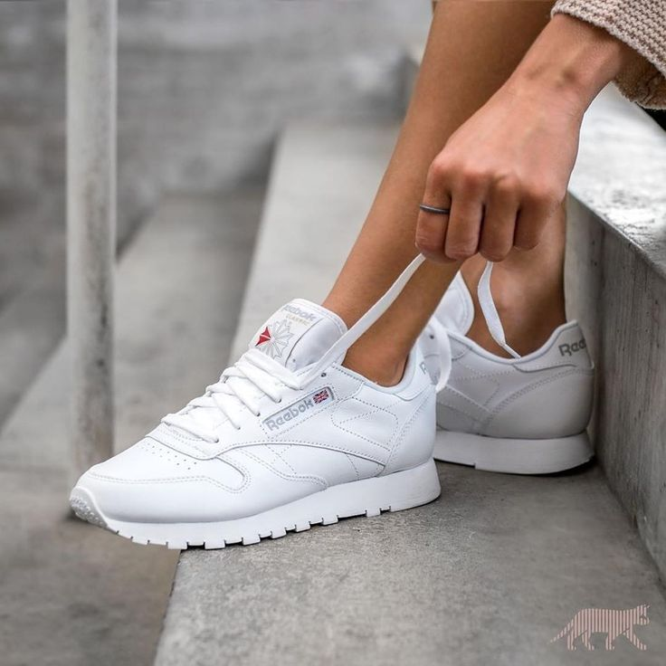 7f4f376d11033 Tendance Chaussures 2017 - Sneakers women - Reebok Classic white ...