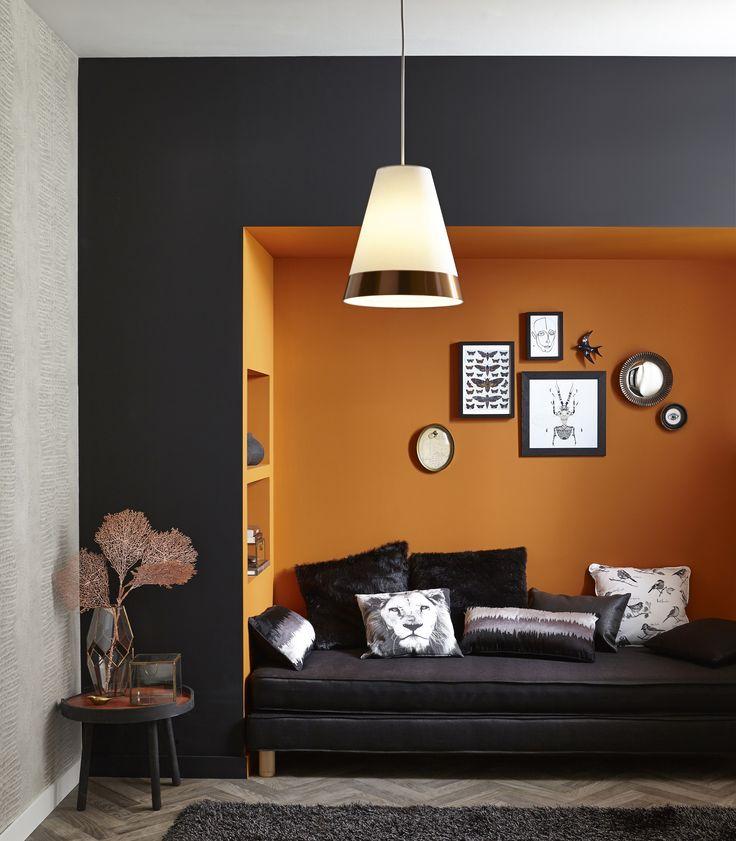 D co salon accords d 39 orange et de cuivre pour une alc ve gaie et l gante tendancecuiv - Deco salon cuivre ...