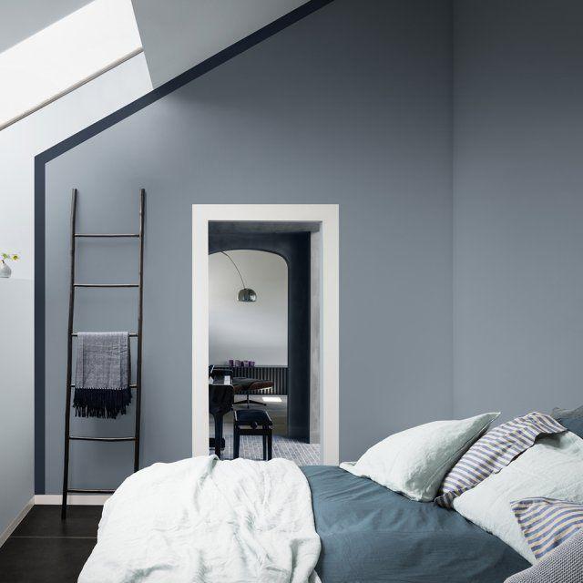 Déco Salon - Un mur bleu gris associé à un liseré bleu ...