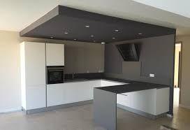 id e relooking cuisine faux plafond noir leading inspiration culture. Black Bedroom Furniture Sets. Home Design Ideas