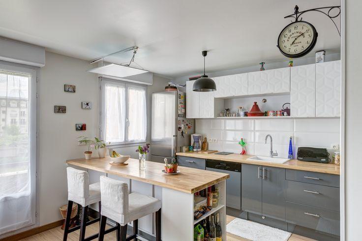 Id e relooking cuisine une cuisine moderne avec des - Cuisine avec bar pour manger ...