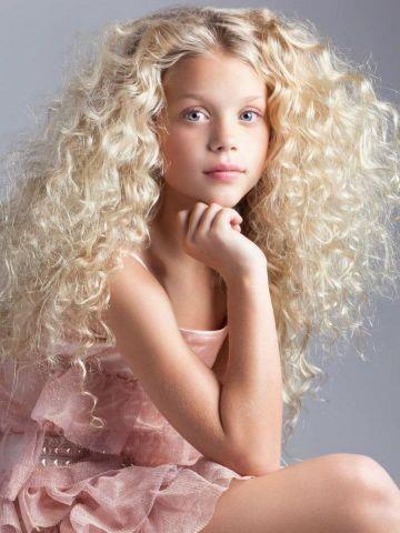 Id es coiffures pour femme 2017 2018 coiffures la - Coiffure mode 2017 ...