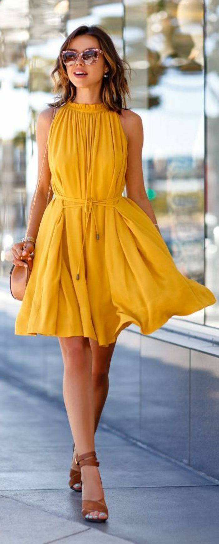 tendance chaussures 2017 une jolie robe jaune robe de soir e jaune robe d 39 t jaune femme. Black Bedroom Furniture Sets. Home Design Ideas
