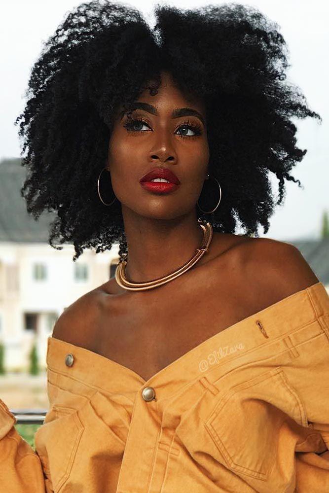 nouvelle tendance coiffures pour femme 2017 2018 18 cheveux boucl s courts l gants looks. Black Bedroom Furniture Sets. Home Design Ideas