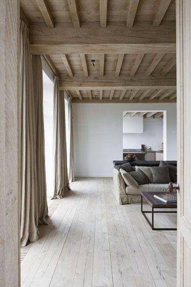 Déco Salon - Dans ce grand salon aux murs gris perle et au style ...