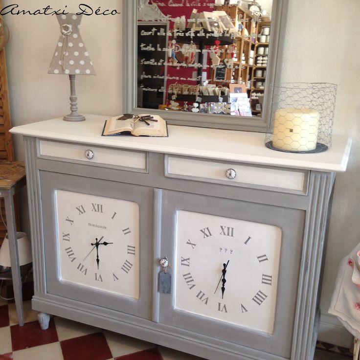 D co salon meuble le temps dans le monde peinture r alis e avec la chalk paint d - Relooking meuble bordeaux ...