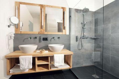 id e d coration salle de bain d co de salle de bain grise et bois et meubles scandinaves. Black Bedroom Furniture Sets. Home Design Ideas