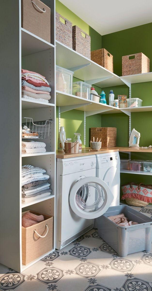 id e d coration salle de bain des tag res partout pour un maximum de rangements astuces. Black Bedroom Furniture Sets. Home Design Ideas