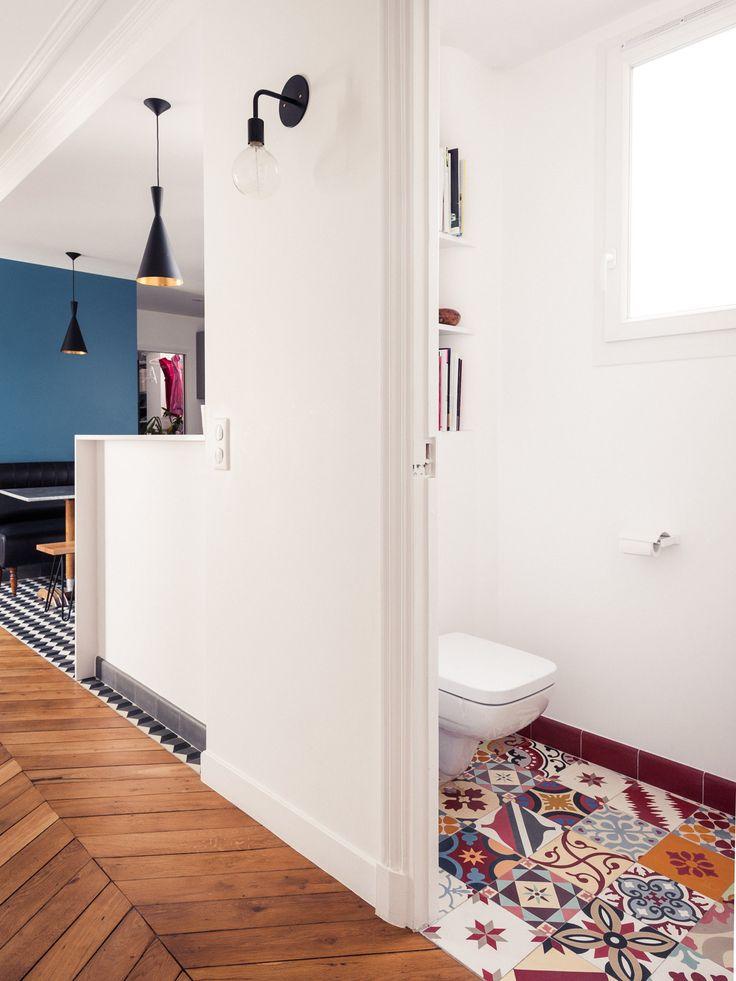 Id e d coration salle de bain r novation compl te pour cet appartement typique haussmannien de - Idee renovation salle de bain ...