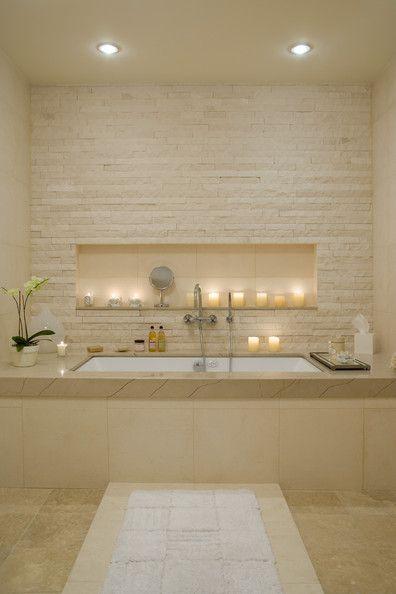 Idée décoration Salle de bain - Salle de bains en camaïeu beige. La ...