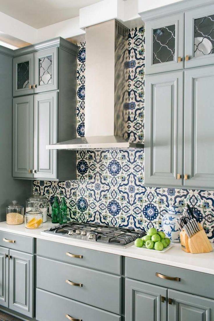 Salle De Bain Zellige Bleu ~ carrelage cuisine zellige marocain carreaux de ciment en blanc et