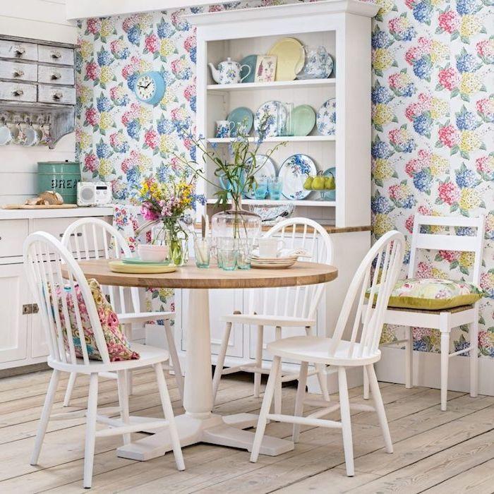 Id e relooking cuisine modele de cuisine campagnarde style shabby chic avec mur habill de - Modele de papier peint pour cuisine ...