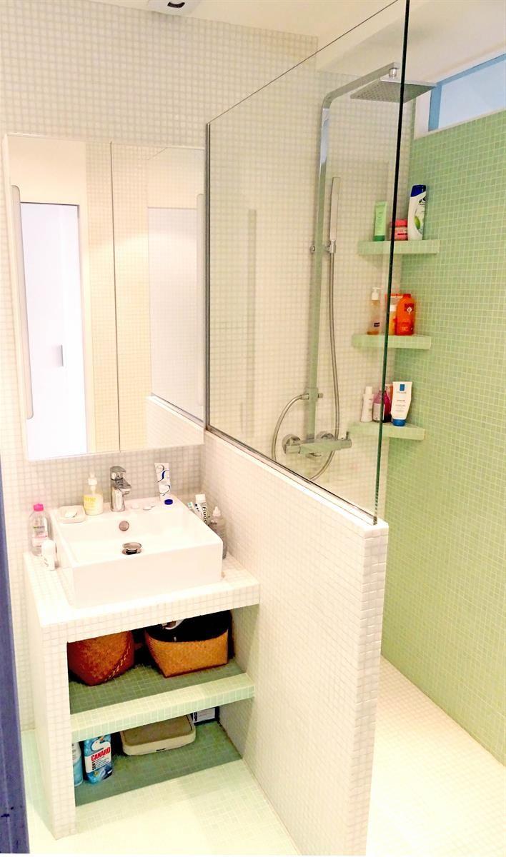 id e relooking cuisine optimisation d 39 une toute petite salle de bain parisienne dans. Black Bedroom Furniture Sets. Home Design Ideas