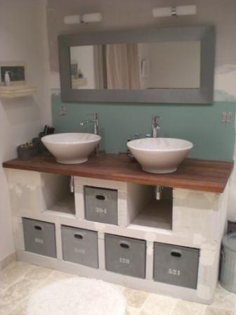 id e relooking cuisine pour gagner de la place vous deci de fabriquer un meuble de lavabo. Black Bedroom Furniture Sets. Home Design Ideas