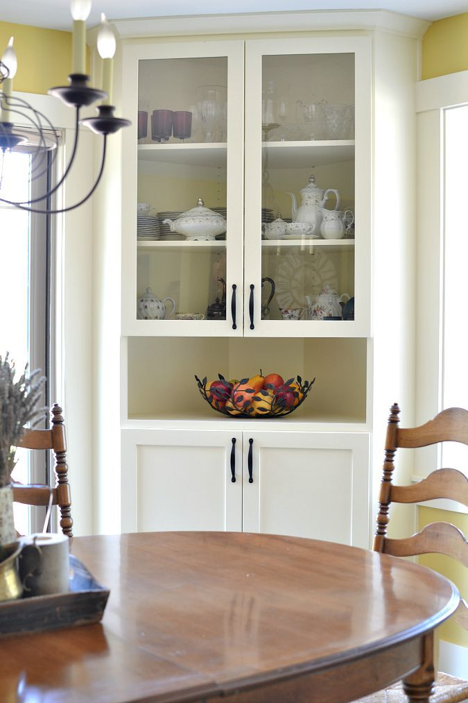 Salle 224 Manger Built In Corner China Cabinet In Dining