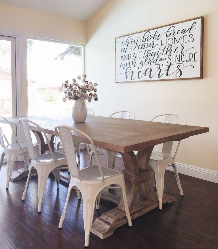 Description Farmhouse Dining Room Table
