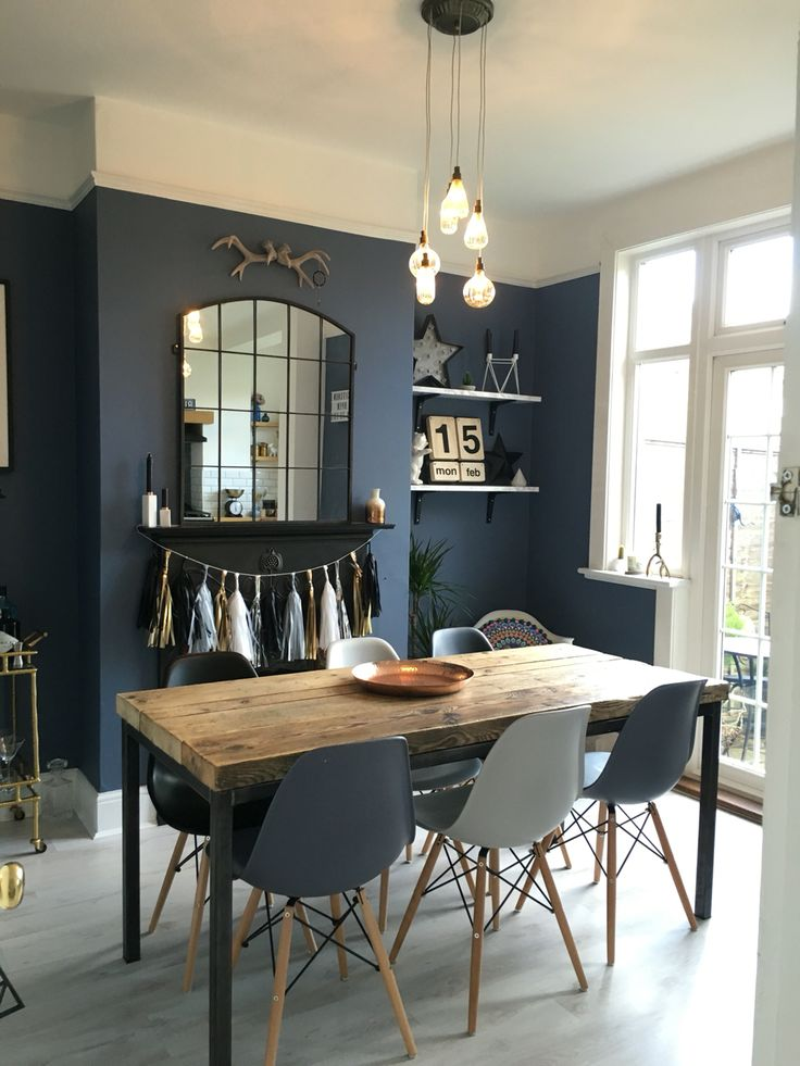 salle manger how to match dining chairs with a designer table dining chairs dining room. Black Bedroom Furniture Sets. Home Design Ideas