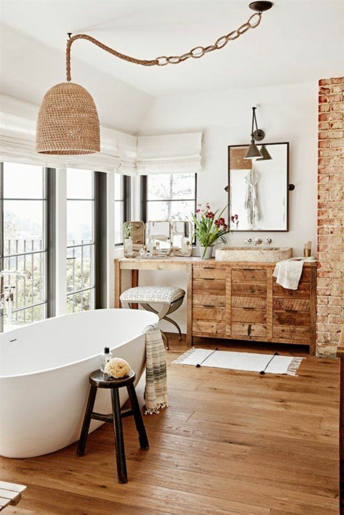 Id e d coration salle de bain ambiance cocooning grandes fen tres baignoire blanc armoire - Fenetre salle de bain ...