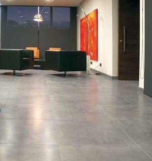 D co salon carrelage gris effet b ton liss listspirit for Salon gris beton
