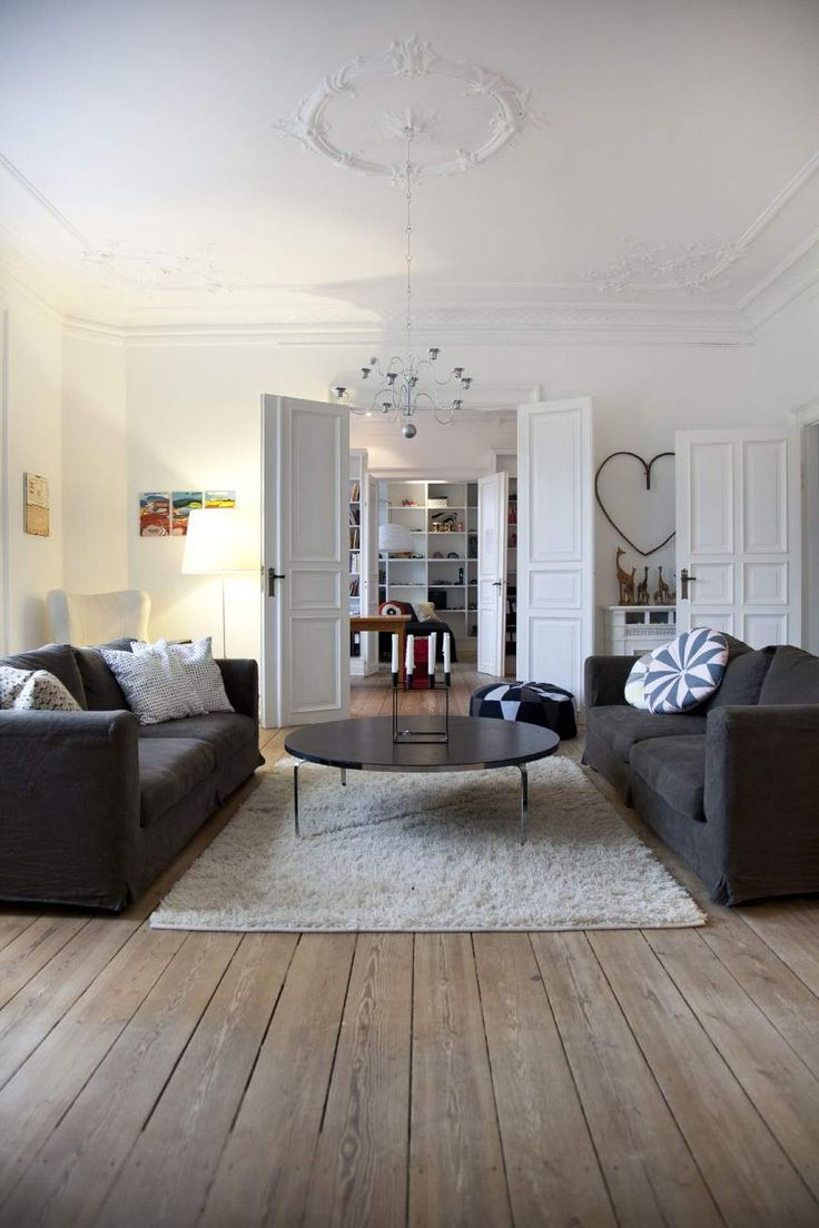 d co salon un appartement presque haussmannien copenhague leading. Black Bedroom Furniture Sets. Home Design Ideas