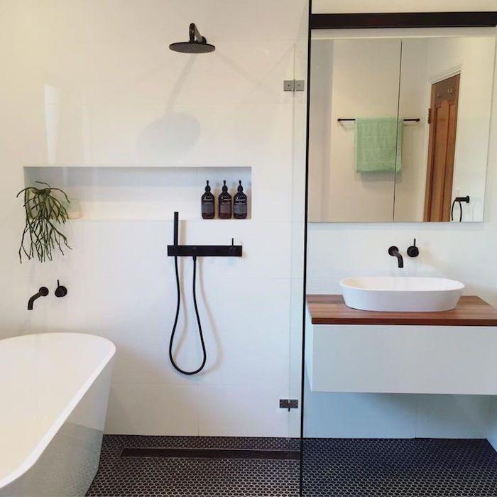 id e d coration salle de bain 43 id es d 39 am nagement pour une petite salle de bain page 2. Black Bedroom Furniture Sets. Home Design Ideas