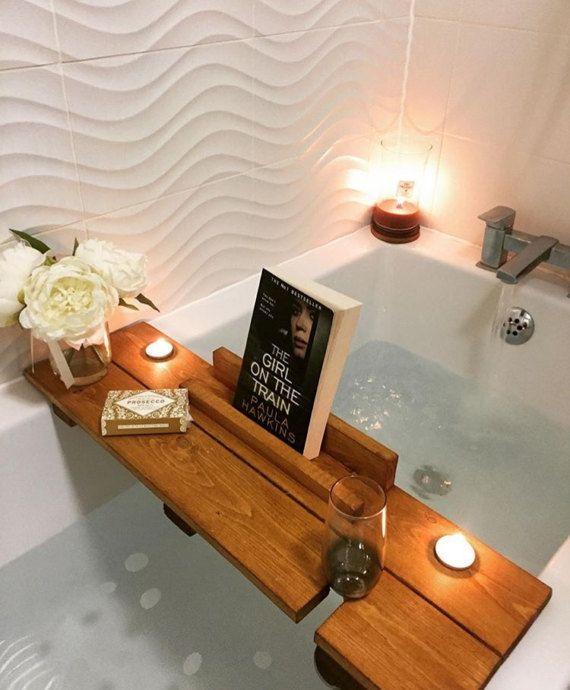 id e d coration salle de bain cadet de salle de bain tag re salle de bain cadeau de f te. Black Bedroom Furniture Sets. Home Design Ideas