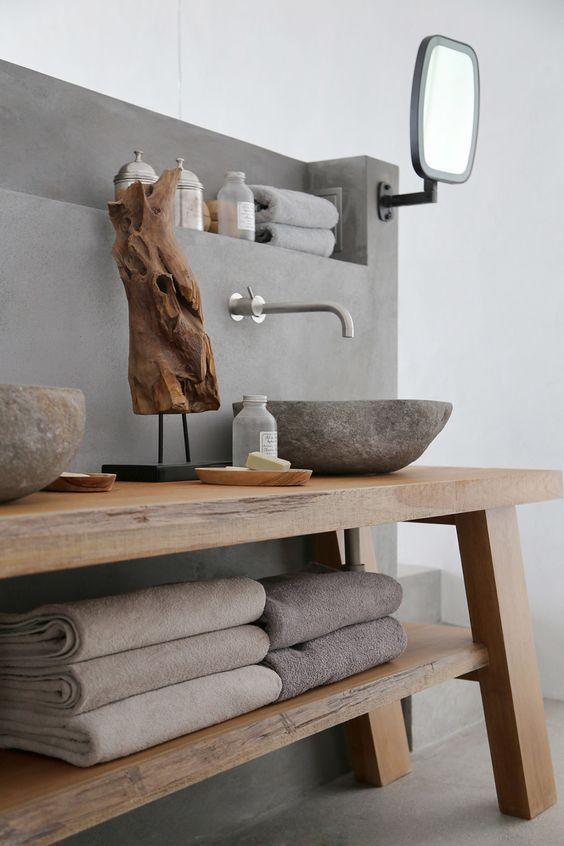 Id e d coration salle de bain mettez en avant votre vasque en pierre de rivi re dans une belle - Une belle salle de bain ...