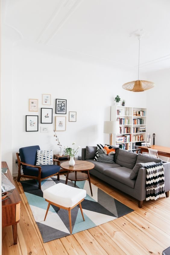 Description Living Room Dining Combo