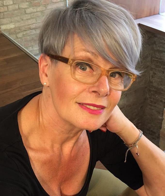 Id es coupe cheveux pour femme 2017 2018 80 coiffures courtes et simples pour les femmes de - Femmes 50 ans et plus ...
