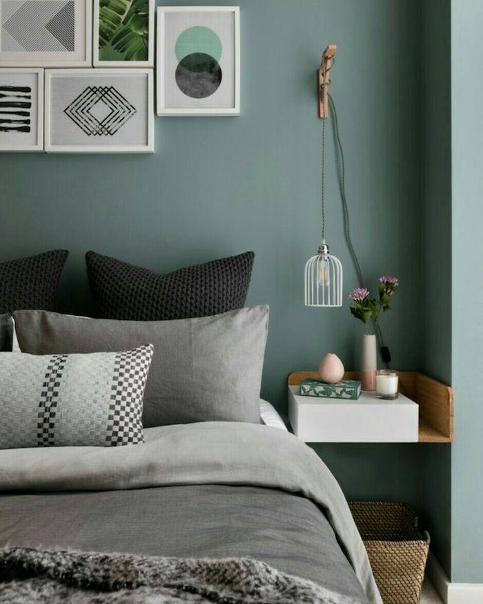 Déco Salon - murs couleur vert de gris foncé dans une chambre adulte ...