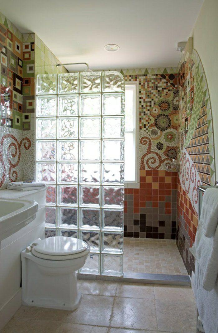 Id e d coration salle de bain briques de verre paroi de for Idee de salle de bain douche