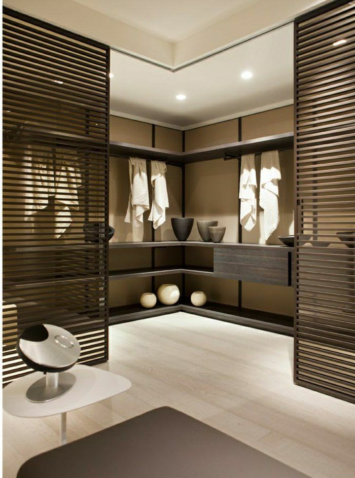 id e d coration salle de bain porte coulissante en bois salle de bain moderne id e cr ative. Black Bedroom Furniture Sets. Home Design Ideas