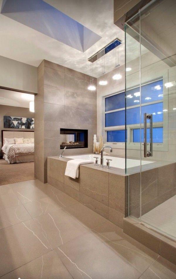 Idée décoration Salle de bain - Salle de bains avec très ...