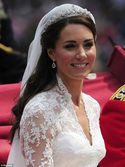 Kate Middleton Coiffure De Mariage Listspirit Com Leading