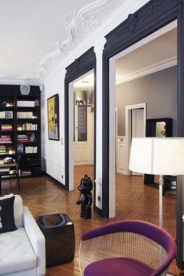 Dco Salon  Des Moulures Noires Pour Souligner Les Encadrements De