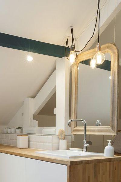 id e d coration salle de bain une chambre avec salle de bains sous combles. Black Bedroom Furniture Sets. Home Design Ideas