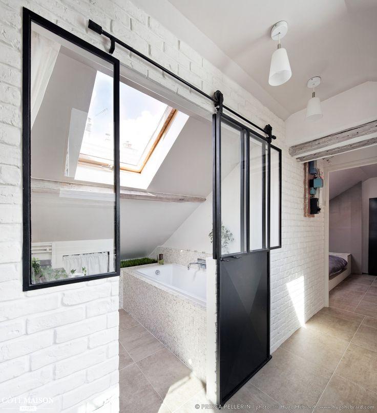 Idée décoration Salle de bain - Une verrière avec des portes ...