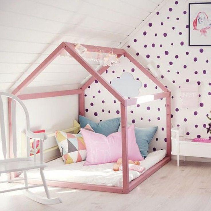 relooking et d coration 2017 2018 lit cabane dans une chambre d 39 enfants. Black Bedroom Furniture Sets. Home Design Ideas