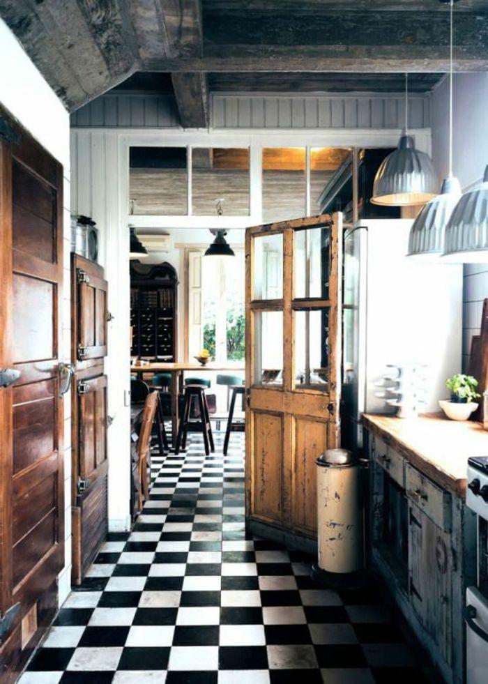 salle manger commment bien choisir le carrelage damier noir et blanc pour la cuisine. Black Bedroom Furniture Sets. Home Design Ideas