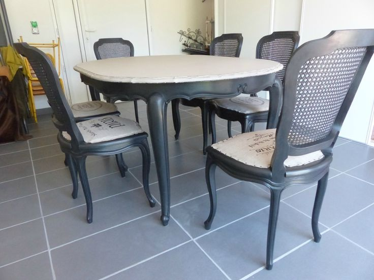 salle manger relooking chaises et table en merisier. Black Bedroom Furniture Sets. Home Design Ideas