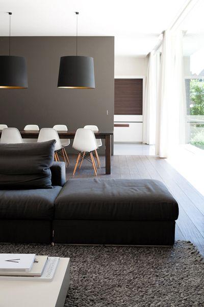 Mur Taupe Salon déco salon - mur taupe, suspension abat-jour noir, tapis gris