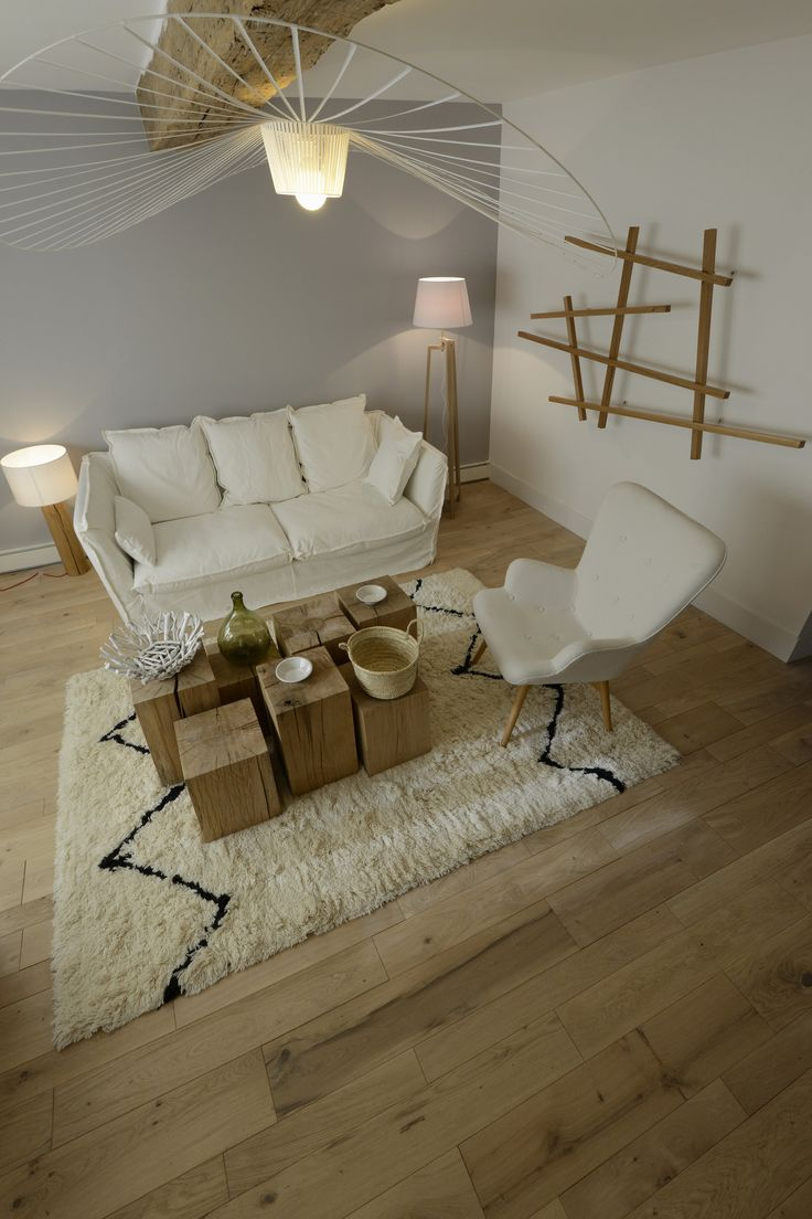 D co salon parquet massif en ch ne association bois for Deco salon bois et blanc