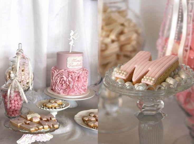 d coration bapteme fille en rose poudr biscuits monogrammes ideas decora. Black Bedroom Furniture Sets. Home Design Ideas
