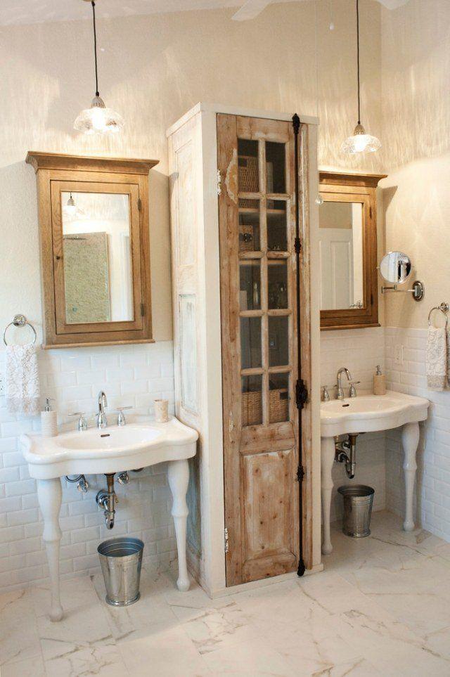 Idée décoration Salle de bain - lavabos sur pieds et meubles en bois ...