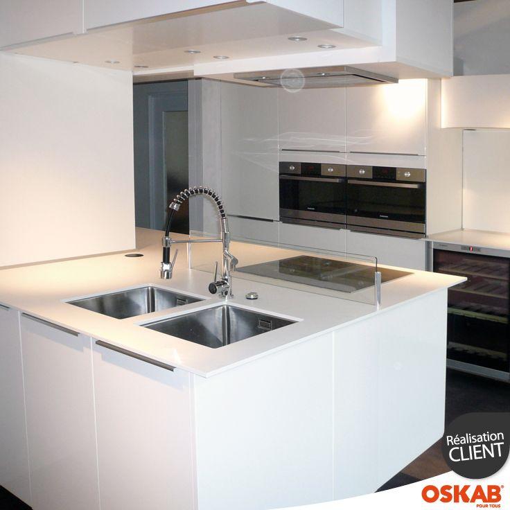 id e relooking cuisine cuisine blanche brillante ultra. Black Bedroom Furniture Sets. Home Design Ideas