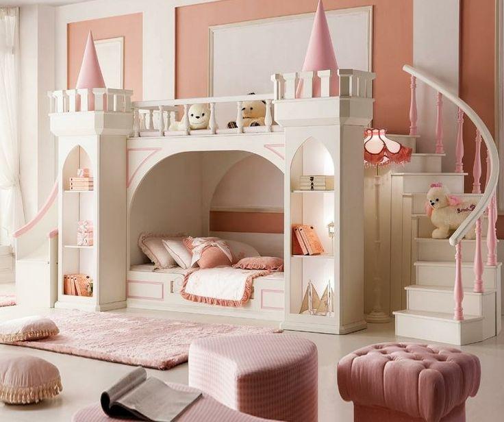 relooking et d coration 2017 2018 chambre d 39 enfant en couleur marsala avec des tabourets et lit en forme de maison