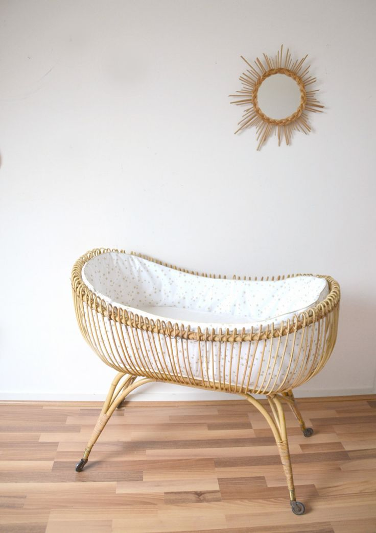 relooking et d coration 2017 2018 lit b b en rotin berceau vintage habill de la boutique. Black Bedroom Furniture Sets. Home Design Ideas