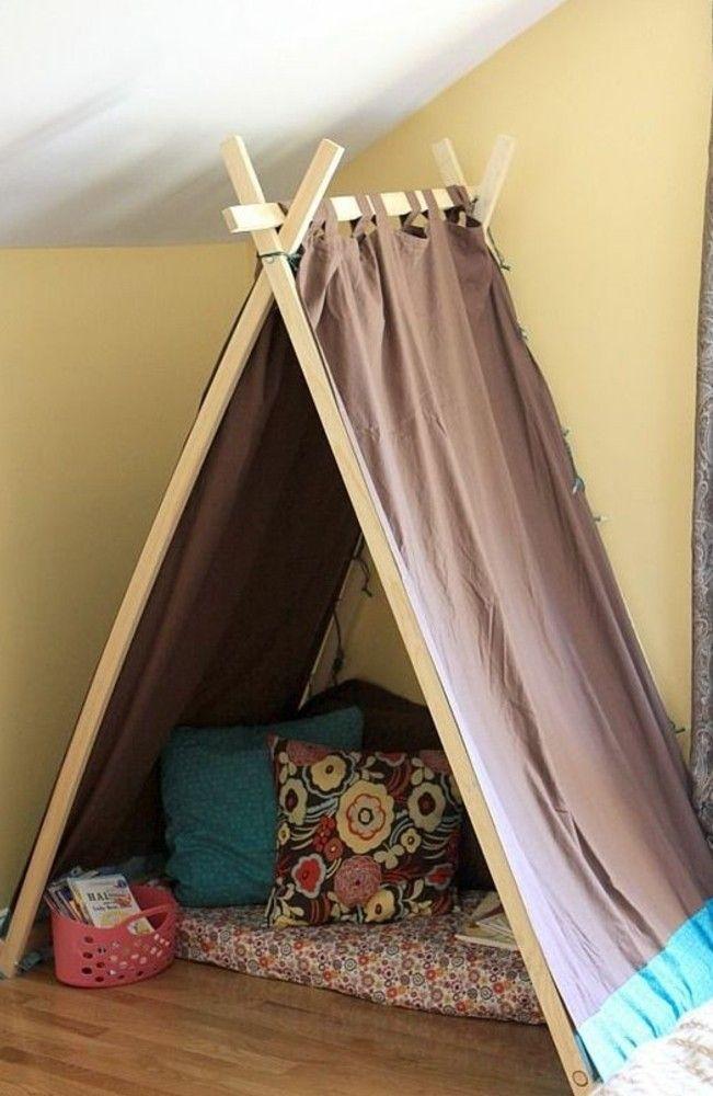 relooking et d coration 2017 2018 tipi pour enfant facile faire matelas coussins panier. Black Bedroom Furniture Sets. Home Design Ideas